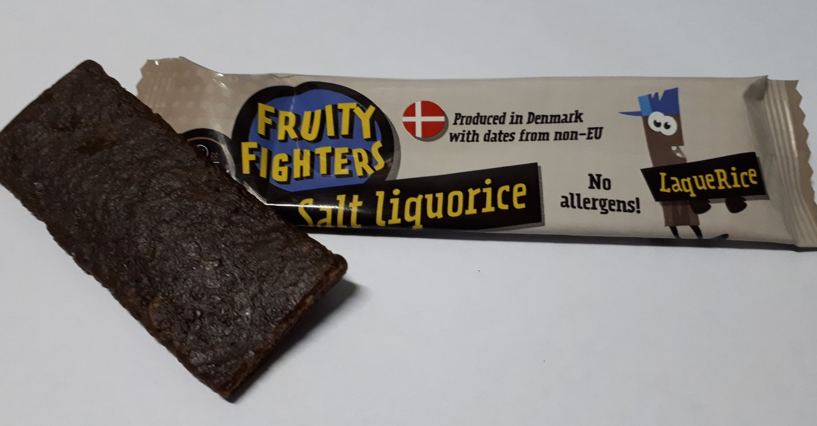 FRUITY FIGHTERS Salt Liquorice